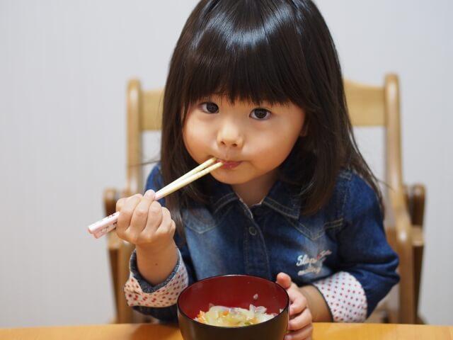 現代のこどもに多い「こ食」とは?