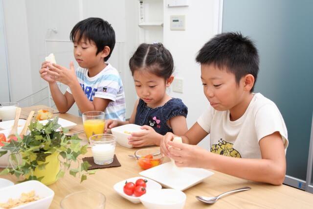 江東区に食堂がオープン!こどもが健やかに育つための「みなみすなこども食堂」